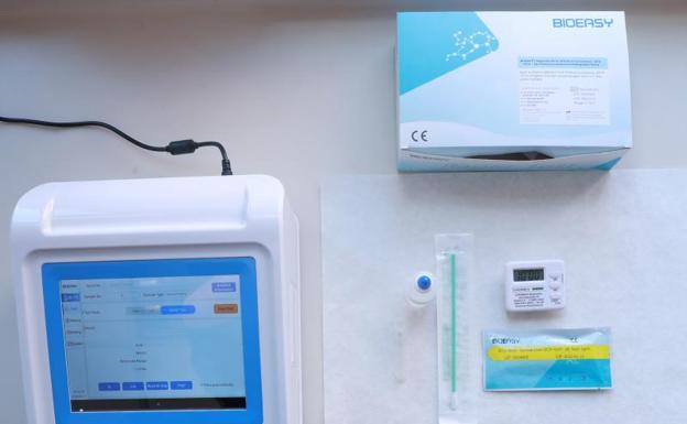 Sanidad distribuirá un millón de test rápidos con resultados en quince minutos