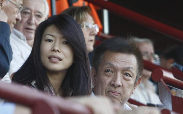 Lim, entre la patata caliente de Mestalla y sus pérdidas multimillonarias