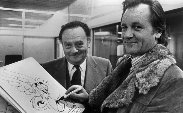 Albert Uderzo y René Goscinny, los padres de Astérix, en 1970.