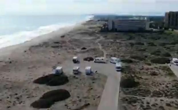 La Policía Local de Valencia utiliza sus drones para multar a personas que estaban en la playa de El Saler