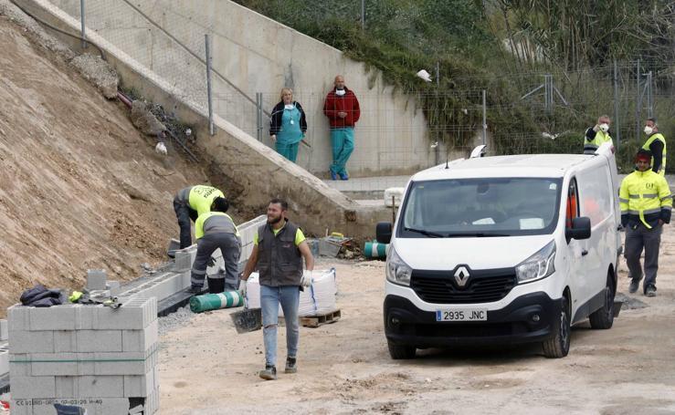 Obras del hospital de campaña junto a La Fe de Valencia