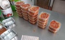 Los servicios sociales de la Pobla de Farnals llevan comida a dependientes y personas desfavorecidas