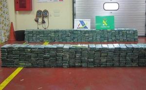 Descubren un alijo de 600 kilos de cocaína escondidos entre bananas en el puerto de Valencia