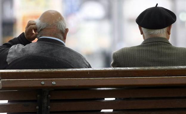 En la actualidad hay 637.213 empleados públicos jubilados en las clases pasivas. /