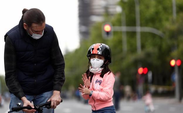 Sanidad exime a los niños menores de 6 años del uso de mascarillas