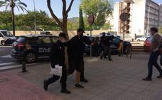 Fiscalía interna al menor de 15 años acusado de participar en la violación grupal a una niña en la Safor
