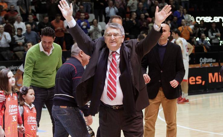 Fallece Miki Vukovic, entrenador leyenda del Valencia Basket