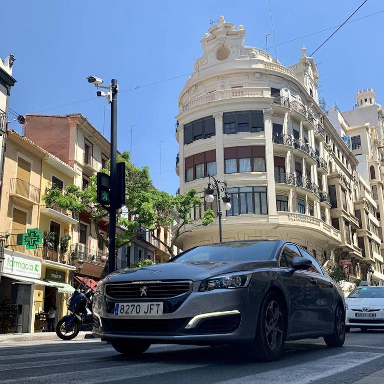 Las calles del centro de Valencia donde te pueden multar las cámaras si se circula sin autorización