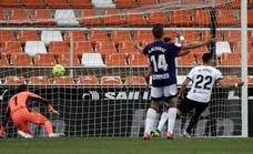 Vídeo del gol de Maxi Gómez (1-0) en el Valencia-Villarreal (3-0)