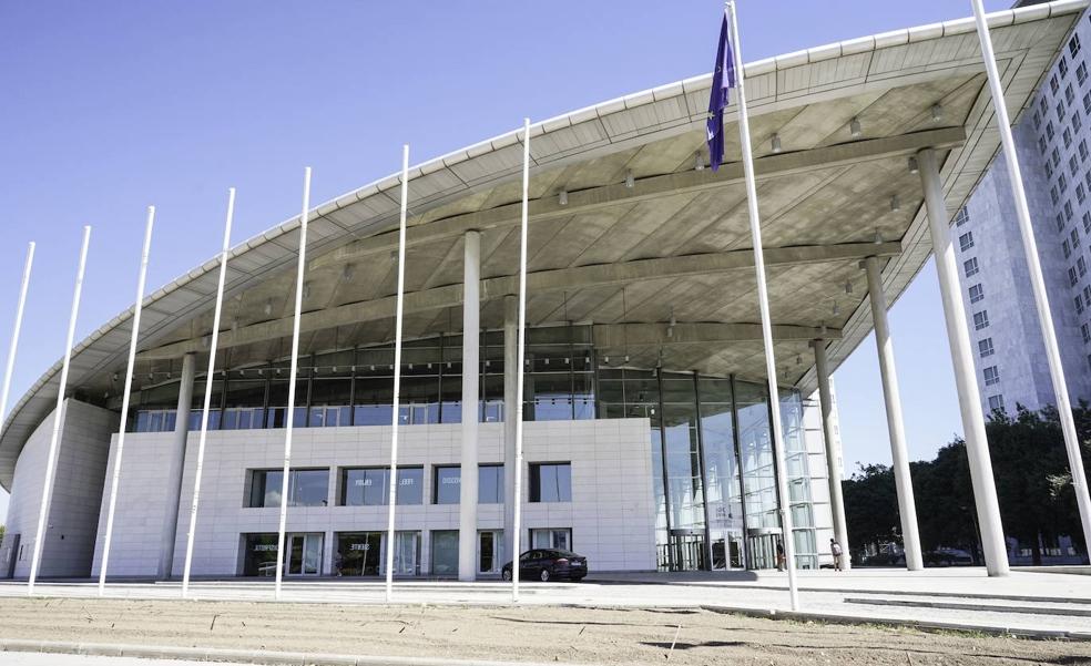 El Palacio de Congresos de Valencia envejece mal