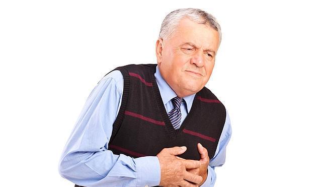 Cómo actúan hombres y mujeres ante los síntomas de un infarto