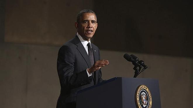 Obama y Hollande amenazan a Rusia con más «costes» por su actos en Ucrania