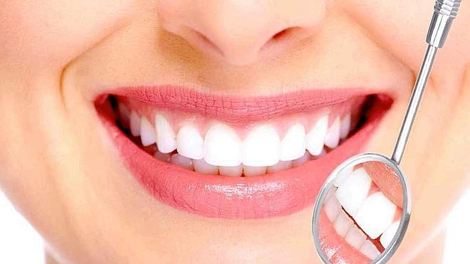 Los riesgos de los implantes dentales de baja calidad