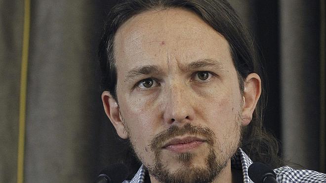 IU, Podemos y CC OO piden un referéndum para que los españoles puedan decidir entre Monarquía y República
