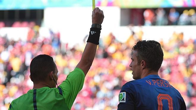 Cahill y Van Persie no jugarán la última jornada