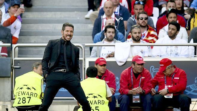 Simeone: «Ahora es muy fácil decir que Costa no funcionó»
