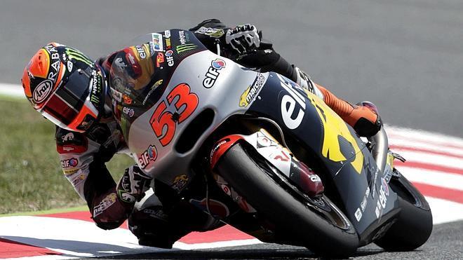 Rabat muestra su fortaleza con la 'pole' en Moto2