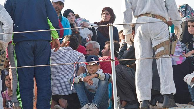 Un nuevo naufragio en Sicilia deja al menos 75 inmigrantes desaparecidos