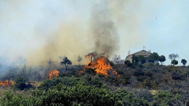 Un incendio quema el mismo bosque de la tragedia de Guadalajara nueve años después
