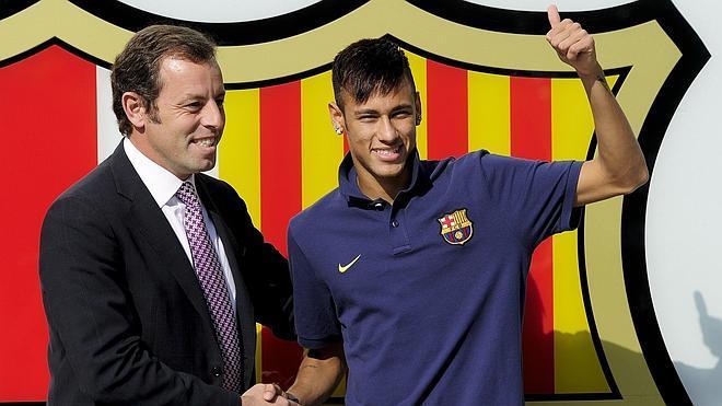 El padre de Neymar y el director financiero del Barça, citados como testigos