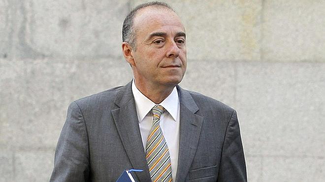 Inhabilitado ocho años por prevaricación el senador canario Miguel Zerolo