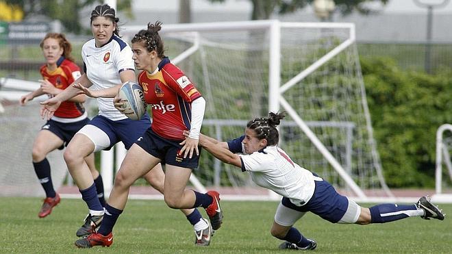 La velocidad de Canadá destroza a España en su debut