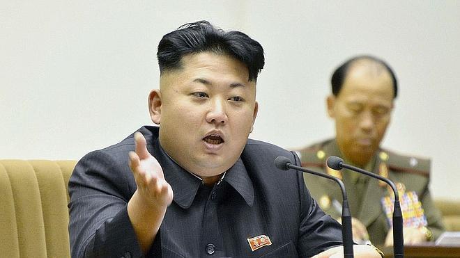Kim Jong-un aprende a imitar la escritura de su padre