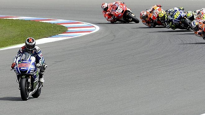 Lorenzo y Yamaha afinan el diapasón para Silverstone