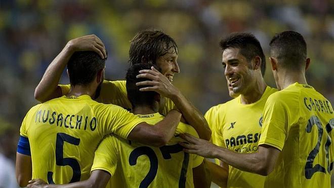 El Villarreal golea al Astana para regresar a Europa