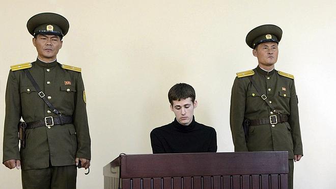 Pyongyang condena a seis años de trabajos forzados a un estadounidense