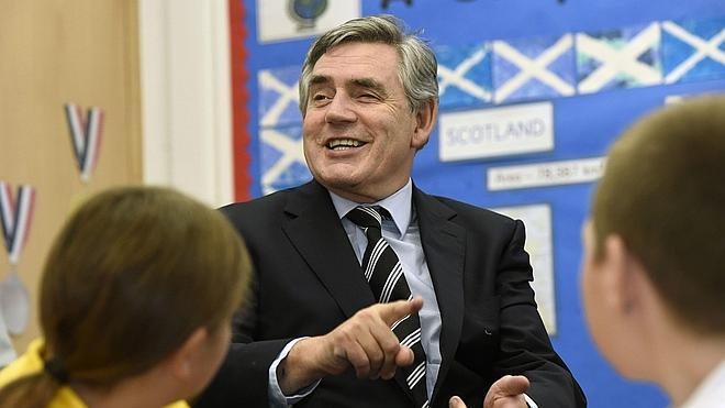 Los líderes británicos rubrican su compromiso para dar más autonomía a Escocia