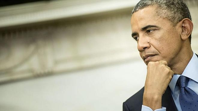 Obama comparte ascensor con un hombre armado y con antecedentes