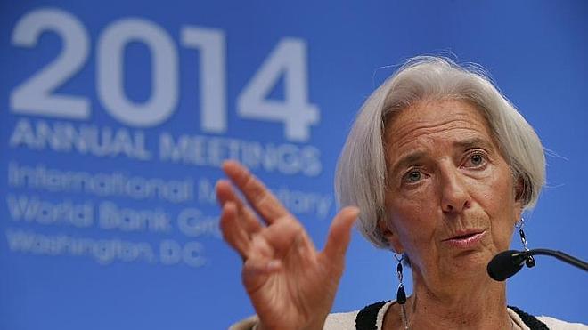 Lagarde alerta del riesgo «serio» de que la eurozona vuelva a entrar en recesión