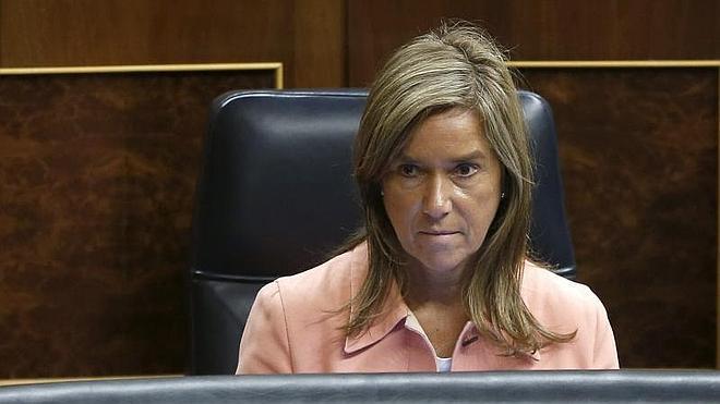 El PP rechaza en el Congreso la petición de destitución de Ana Mato