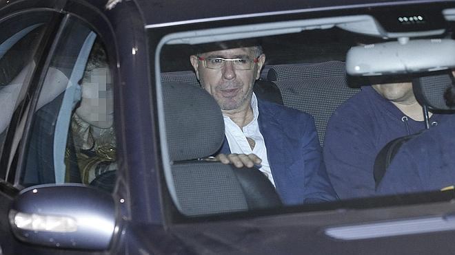 El juez encarcela a Granados y a Marjaliza, acusados de mover cientos de millones en contratos amañados