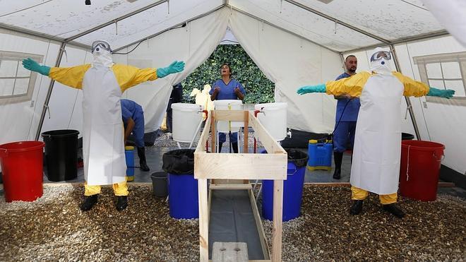 Entrenados en la lucha contra el ébola