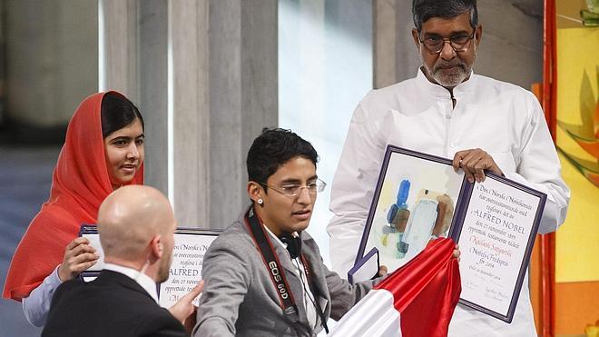 Niegan asilo en Noruega al mexicano que interrumpió la ceremonia del Nobel