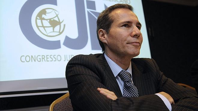 Hallan ADN que no corresponde a Nisman en su casa