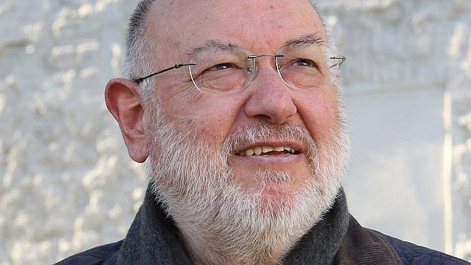 Eslava Galán gana el Premio Primavera con una novela sobre Cervantes