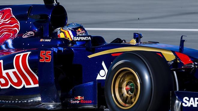 Sainz Jr.: «Recuerdo el calor y la humedad, que hacen que sea muy duro para los pilotos»