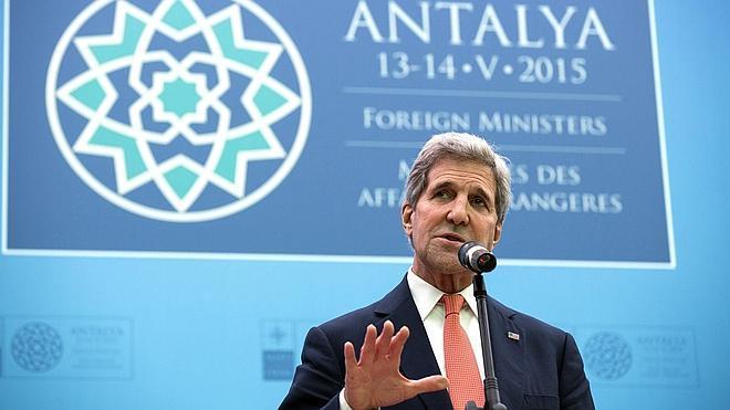 La OTAN mantiene la presión sobre Rusia por el conflicto en Ucrania