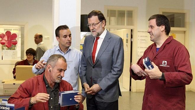 Rajoy señala que el reto es gobernar con eficacia y «mucha cordura»