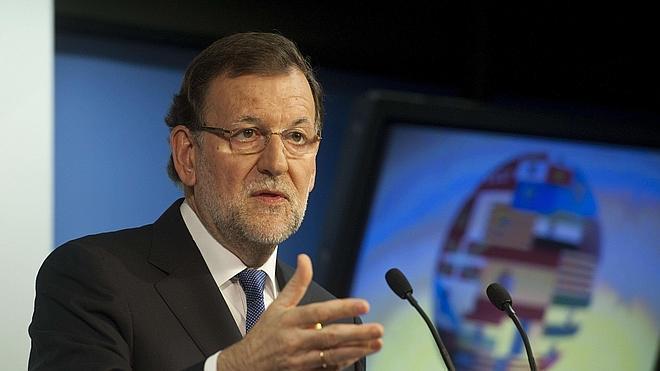 Rajoy adelanta a julio la rebaja del IRPF prevista para 2016