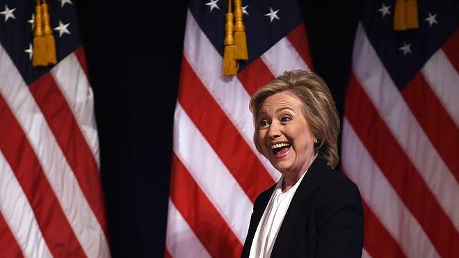 Hillary Clinton centra su programa económico en la clase media