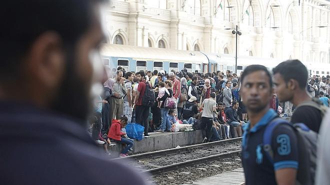 La Comisión Europea presenta un plan para repartir 120.000 refugiados