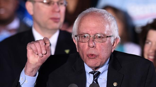 Bernie Sanders, el 'socialista' que pide una revolución política en EE UU
