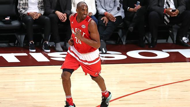 Kobe Bryant se despide en un All Star de récord