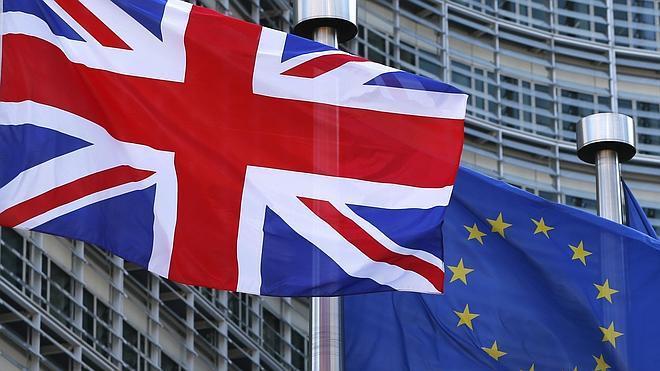 Cameron intensifica los contactos con los líderes europeos antes de la cumbre de Bruselas