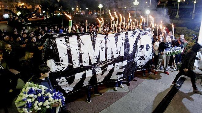 El primer Atlético-Deportivo tras el crimen de Jimmy
