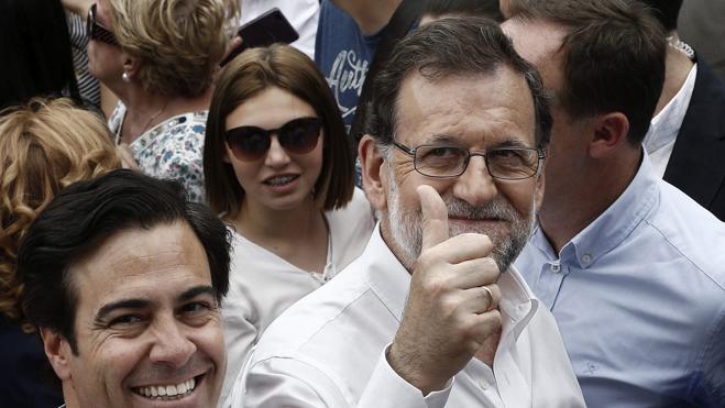 Rajoy respalda las diputaciones provinciales como garantes del mundo rural